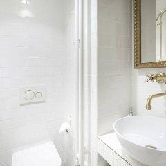 Отель U Zlatych nuzek Чехия, Прага - отзывы, цены и фото номеров - забронировать отель U Zlatych nuzek онлайн ванная фото 2