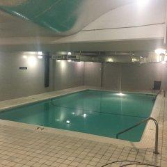 Отель Century Plaza Hotel & Spa Канада, Ванкувер - отзывы, цены и фото номеров - забронировать отель Century Plaza Hotel & Spa онлайн бассейн