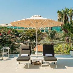 Отель Le Meridien Dubai Hotel & Conference Centre ОАЭ, Дубай - отзывы, цены и фото номеров - забронировать отель Le Meridien Dubai Hotel & Conference Centre онлайн пляж фото 2