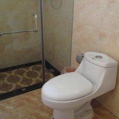 Beijing Yue Bin Ge Courtyard Hotel ванная фото 2