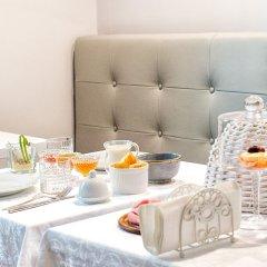 Отель La Piazzetta Rooms Генуя в номере