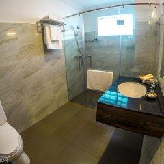 The Manor Hotel ванная
