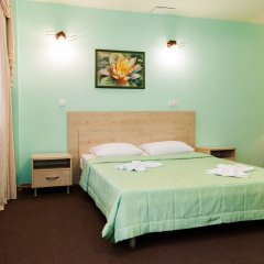 Гостиница У фонтана комната для гостей фото 5