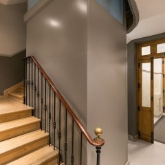 Апартаменты Feelathome Madrid Suites Apartments интерьер отеля фото 2