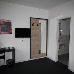 Отель Heimat St. Pauli Германия, Гамбург - отзывы, цены и фото номеров - забронировать отель Heimat St. Pauli онлайн удобства в номере фото 2