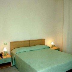 Hotel Residence La Baia Кастельсардо сейф в номере