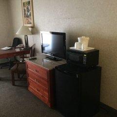 Отель Quality Inn & Suites Albuquerque Downtown - University удобства в номере фото 2