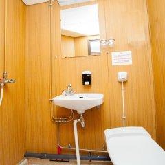 Отель MS Birger Jarl - Hotel & Hostel Швеция, Стокгольм - 5 отзывов об отеле, цены и фото номеров - забронировать отель MS Birger Jarl - Hotel & Hostel онлайн ванная