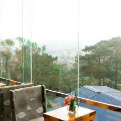 Отель Chalet Baguio Филиппины, Багуйо - отзывы, цены и фото номеров - забронировать отель Chalet Baguio онлайн балкон