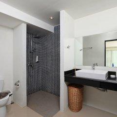 Отель Villa Emiemi Пхукет ванная