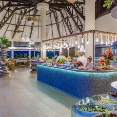 Отель Kihaa Maldives Island Resort питание