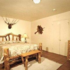 Отель Tioga Lodge at Mono Lake США, Ли Вайнинг - отзывы, цены и фото номеров - забронировать отель Tioga Lodge at Mono Lake онлайн комната для гостей фото 2