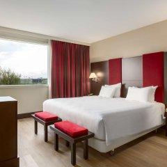 Отель NH Amsterdam Schiphol Airport Нидерланды, Хофддорп - 3 отзыва об отеле, цены и фото номеров - забронировать отель NH Amsterdam Schiphol Airport онлайн комната для гостей фото 4