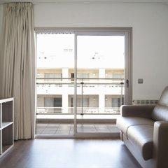 Отель Apartamentos Best Michelángelo Испания, Салоу - отзывы, цены и фото номеров - забронировать отель Apartamentos Best Michelángelo онлайн комната для гостей фото 2