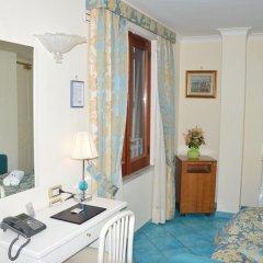 Hotel Santa Lucia Минори в номере