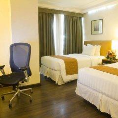 Отель Makati Crown Regency Hotel Филиппины, Макати - отзывы, цены и фото номеров - забронировать отель Makati Crown Regency Hotel онлайн удобства в номере