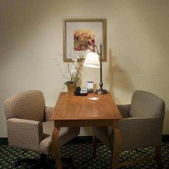 Отель Hampton Inn & Suites Tulare удобства в номере фото 2