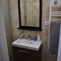 Апартаменты Charming 1 Bedroom Apartment With Balcony ванная фото 2
