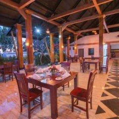 Отель Royal Airstrip Hotel Мьянма, Хехо - отзывы, цены и фото номеров - забронировать отель Royal Airstrip Hotel онлайн питание фото 2