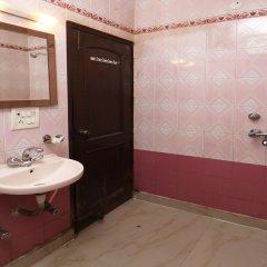 OYO 4155 Hotel The Sudesh ванная