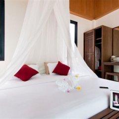 Отель The Mangrove Panwa Phuket Resort сейф в номере