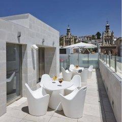 Отель Granada Five Senses Rooms & Suites бассейн