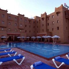 Отель ibis Ouarzazate Centre Марокко, Уарзазат - отзывы, цены и фото номеров - забронировать отель ibis Ouarzazate Centre онлайн бассейн фото 2