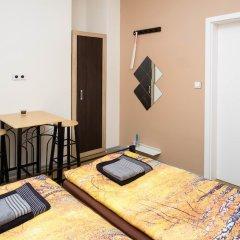 Апартаменты Apartment Four Year Seasons Прага комната для гостей фото 5