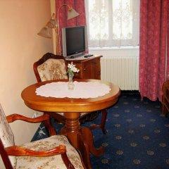Отель Opera Hotel Чехия, Прага - 10 отзывов об отеле, цены и фото номеров - забронировать отель Opera Hotel онлайн фото 2