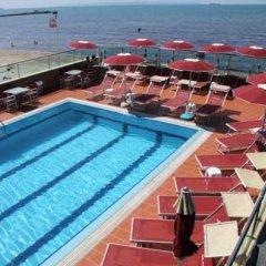 Vivas Hotel бассейн фото 2