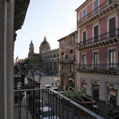 Отель Al Duomo Inn Италия, Катания - отзывы, цены и фото номеров - забронировать отель Al Duomo Inn онлайн балкон