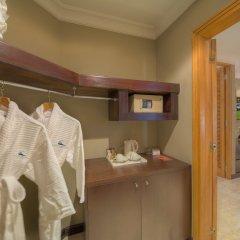 Отель Dubai Marine Beach Resort & Spa ОАЭ, Дубай - 12 отзывов об отеле, цены и фото номеров - забронировать отель Dubai Marine Beach Resort & Spa онлайн сейф в номере