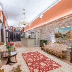 Отель Nani Mocenigo Palace Италия, Венеция - отзывы, цены и фото номеров - забронировать отель Nani Mocenigo Palace онлайн интерьер отеля