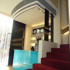 Отель Cosmopolit интерьер отеля