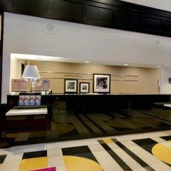 Отель Hampton Inn & Suites Chicago Downtown питание фото 3
