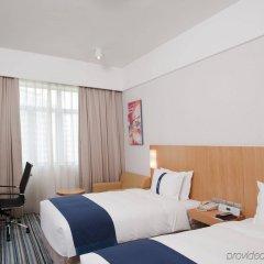 Отель Holiday Inn Express Shenzhen Luohu Китай, Шэньчжэнь - отзывы, цены и фото номеров - забронировать отель Holiday Inn Express Shenzhen Luohu онлайн комната для гостей фото 4