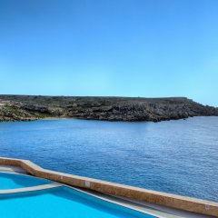 Отель Paradise Bay Hotel Мальта, Меллиха - 8 отзывов об отеле, цены и фото номеров - забронировать отель Paradise Bay Hotel онлайн бассейн фото 2