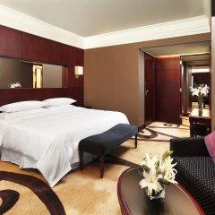 Отель Sheraton Shenzhen Futian Hotel Китай, Шэньчжэнь - отзывы, цены и фото номеров - забронировать отель Sheraton Shenzhen Futian Hotel онлайн комната для гостей фото 5