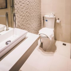 Gaam Hotel Бангкок ванная