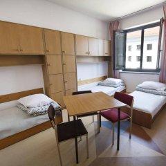 Отель Dizzy Daisy Hostel Польша, Вроцлав - отзывы, цены и фото номеров - забронировать отель Dizzy Daisy Hostel онлайн детские мероприятия фото 2