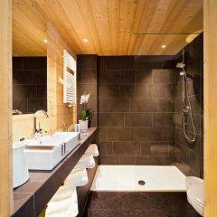 Glacier Hotel Grawand Сеналес ванная