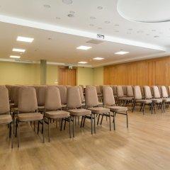 Отель Corvin Hotel Budapest - Sissi wing Венгрия, Будапешт - 2 отзыва об отеле, цены и фото номеров - забронировать отель Corvin Hotel Budapest - Sissi wing онлайн помещение для мероприятий фото 2