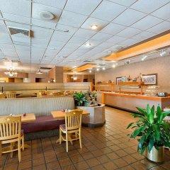 Отель Clarion Inn I-10 East at Beltway питание
