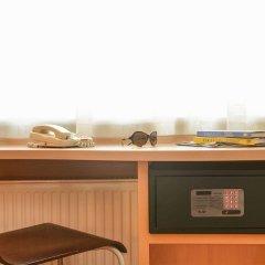 Гостиница Ибис Москва Павелецкая в Москве - забронировать гостиницу Ибис Москва Павелецкая, цены и фото номеров сейф в номере