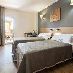 Santa Ponsa Pins Hotel Санта-Понса комната для гостей фото 2