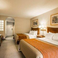 Отель Rodeway Inn And Suites On The River Чероки комната для гостей