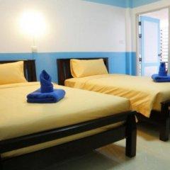 Отель Sooi-Tee Guest House 2 Таиланд, Паттайя - отзывы, цены и фото номеров - забронировать отель Sooi-Tee Guest House 2 онлайн комната для гостей фото 3