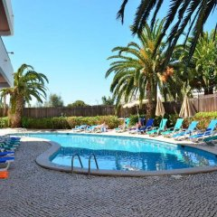 Отель Mirachoro III Apartamentos Rocha Португалия, Портимао - отзывы, цены и фото номеров - забронировать отель Mirachoro III Apartamentos Rocha онлайн бассейн фото 2