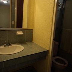 Отель Los Pinos Мексика, Креэль - отзывы, цены и фото номеров - забронировать отель Los Pinos онлайн ванная