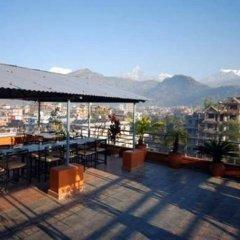 Отель View Point Непал, Покхара - отзывы, цены и фото номеров - забронировать отель View Point онлайн бассейн